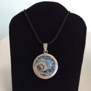 Round Paua Shell Necklace
