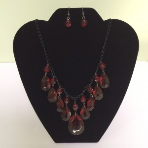 Red Glass Beads V-Neck Necklace & Earrings Set
