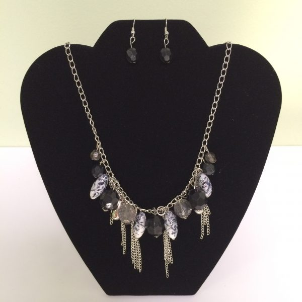 Fashion Necklace & Earring Gray & Silver Set 137