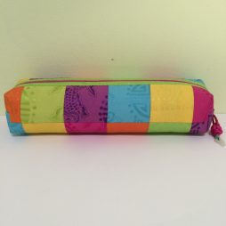 Chinese Multi Color Tubular Make Up Bag