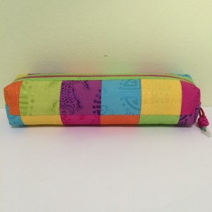 Chinese Multi Color Tubular Make Up Bag